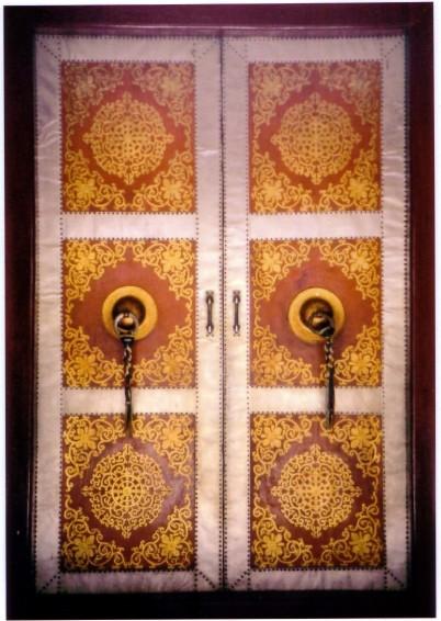 temple door bodhgaya.jpg